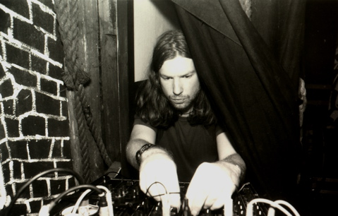 Aphex Twin reveals new untitled track!